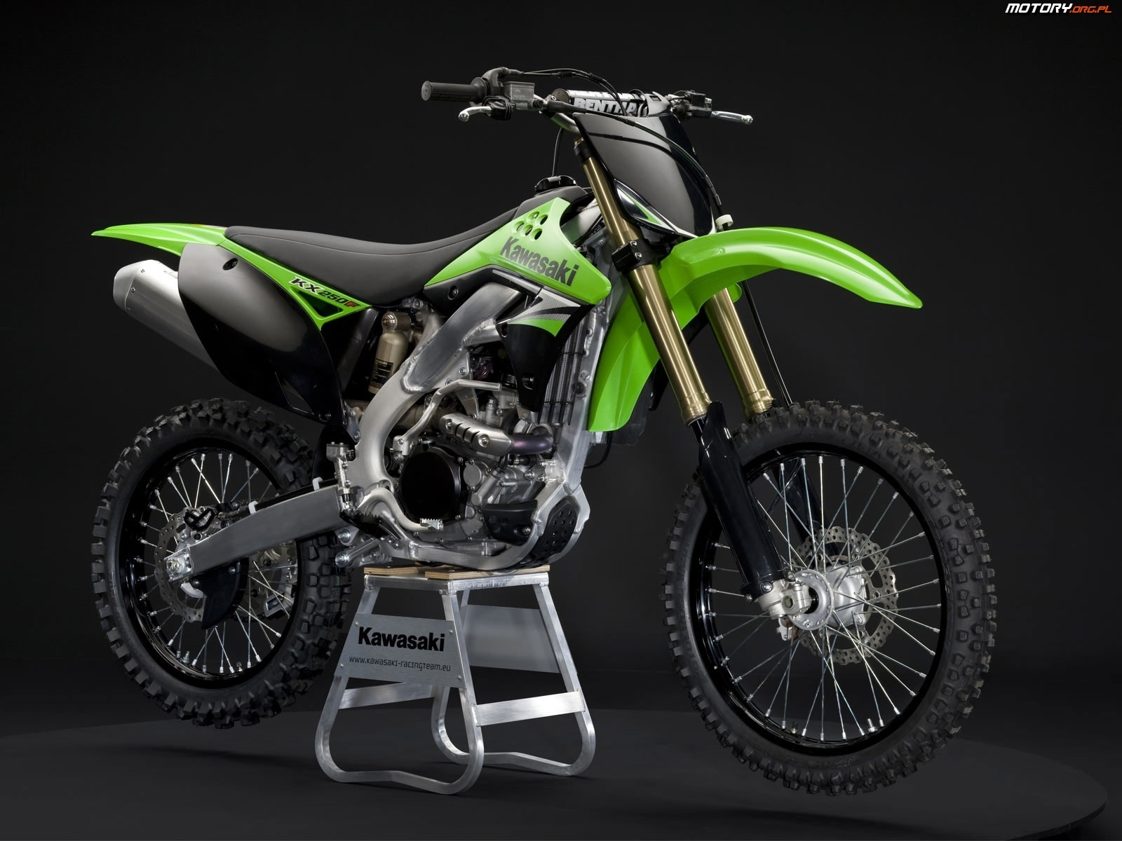 motor kawasaki kx250f cross. Black Bedroom Furniture Sets. Home Design Ideas